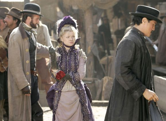 Garret Dillahunt, Izabella Miko and Philip Moon in Deadwood Season 2