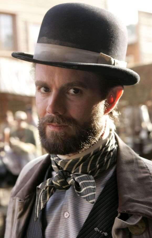 Garret Dillahunt in Deadwood Season 2