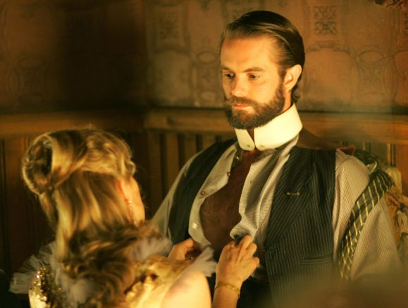Kim Dickens and Garret Dillahunt in Deadwood