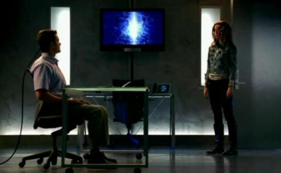 Garret Dillahunt and Summer Glau in T:SCC 2x22 Born to Run