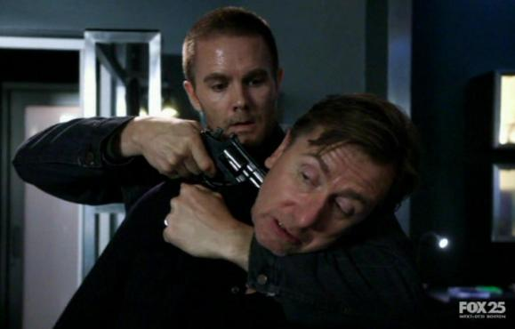 Garret Dillahunt and Tim Roth in Lie to Me 2x04 Honey