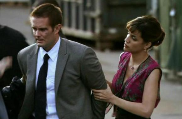 Garret Dillahunt and Natalie Morales in White Collar