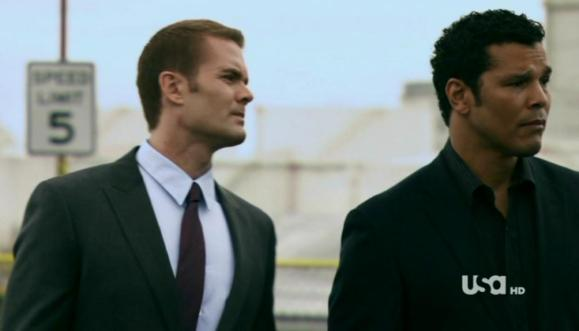 "Garret Dillahunt and Geno Segers in White Collar, ""Flip of the Coin"""