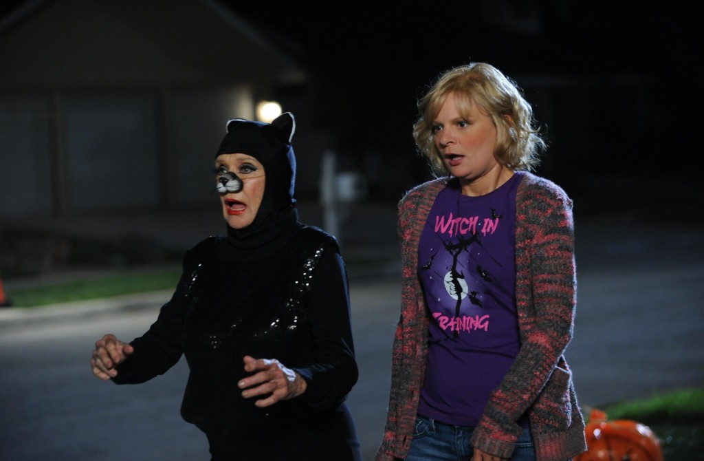 Cloris Leachman,Martha Plimpton,Catwoman,Raising Hope,Happy Halloween