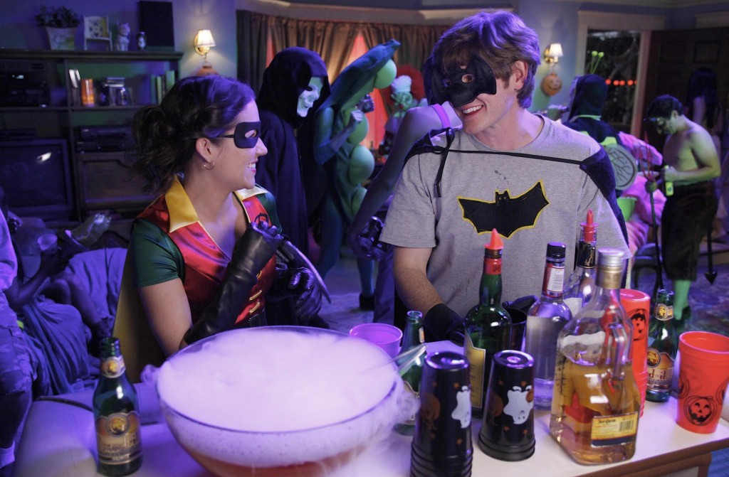 Raising Hope,Halloween,Lucas Neff,Shannon Woodward