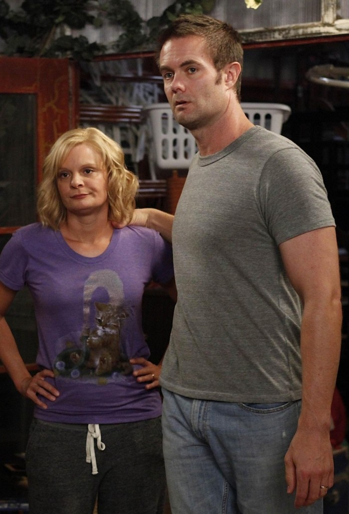martha plimpton,garret dillahunt,raising hope