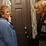 Raising Hope 1x18 Cheaters 6 - Cloris Leachman and Martha Plimpton